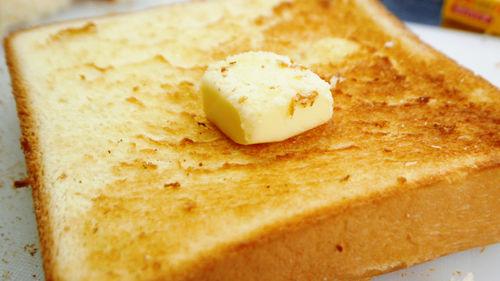 後からやってくるダメージ – パン焼きまくったら電気代すごかった