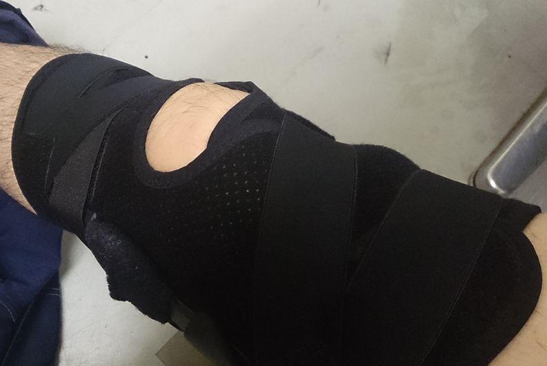 膝を固定してのステージはなかなかキツイ – 半月板損傷
