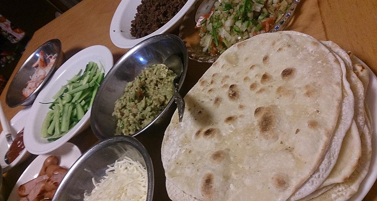 恋のメキシカン・食卓