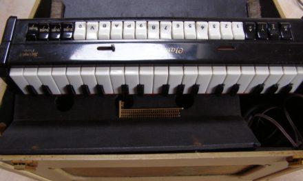 最も初期の電子楽器 ― クラヴィオリン(Clavioline)のお話