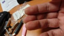 右手 ― 爪を伸ばした生活を疑似体験するの巻