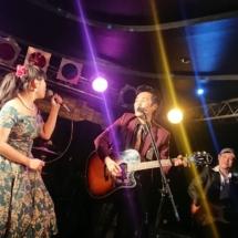 アコギ9度目 ― LISA&The Five Caratsライブ