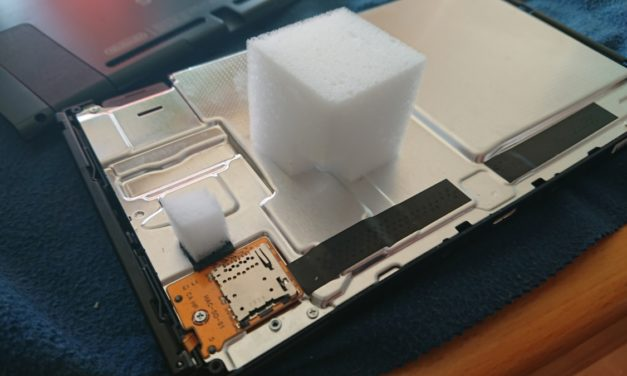 Nintendo SwitchのSDカードスロットを交換する方法