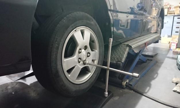 AZR60Gのタイヤを全てRADAR Rivera Pro 2に交換する
