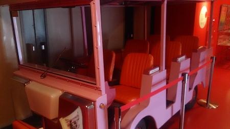 同じく当時会場内で使用されていた電気自動車。