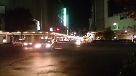 四条河原町交差点、午前2時。