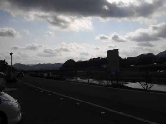 夕暮れに向かう芦田川